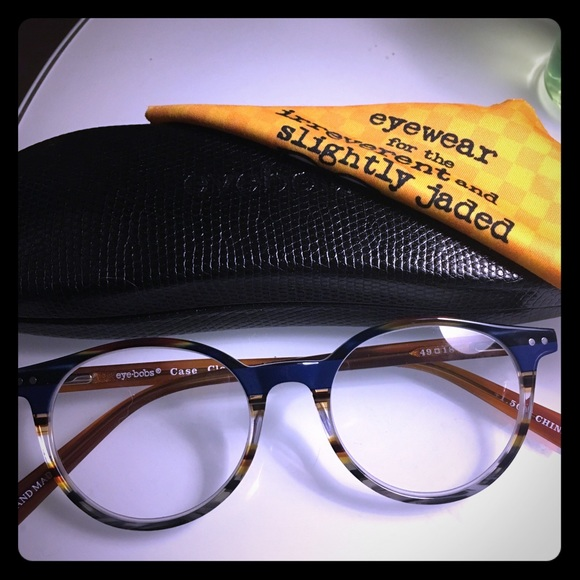 d27b05ca8af Accessories - Eyebobs Case Closed